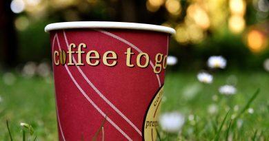 Jetzt sagt auch Starbucks Plastik den Kampf an